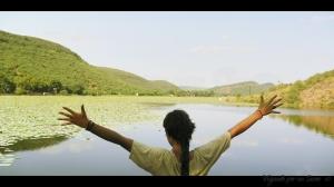 Laguna cercana a Bundi